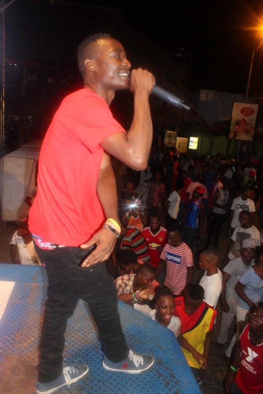 Man Fongo 'Mzee wa hauna' (2)
