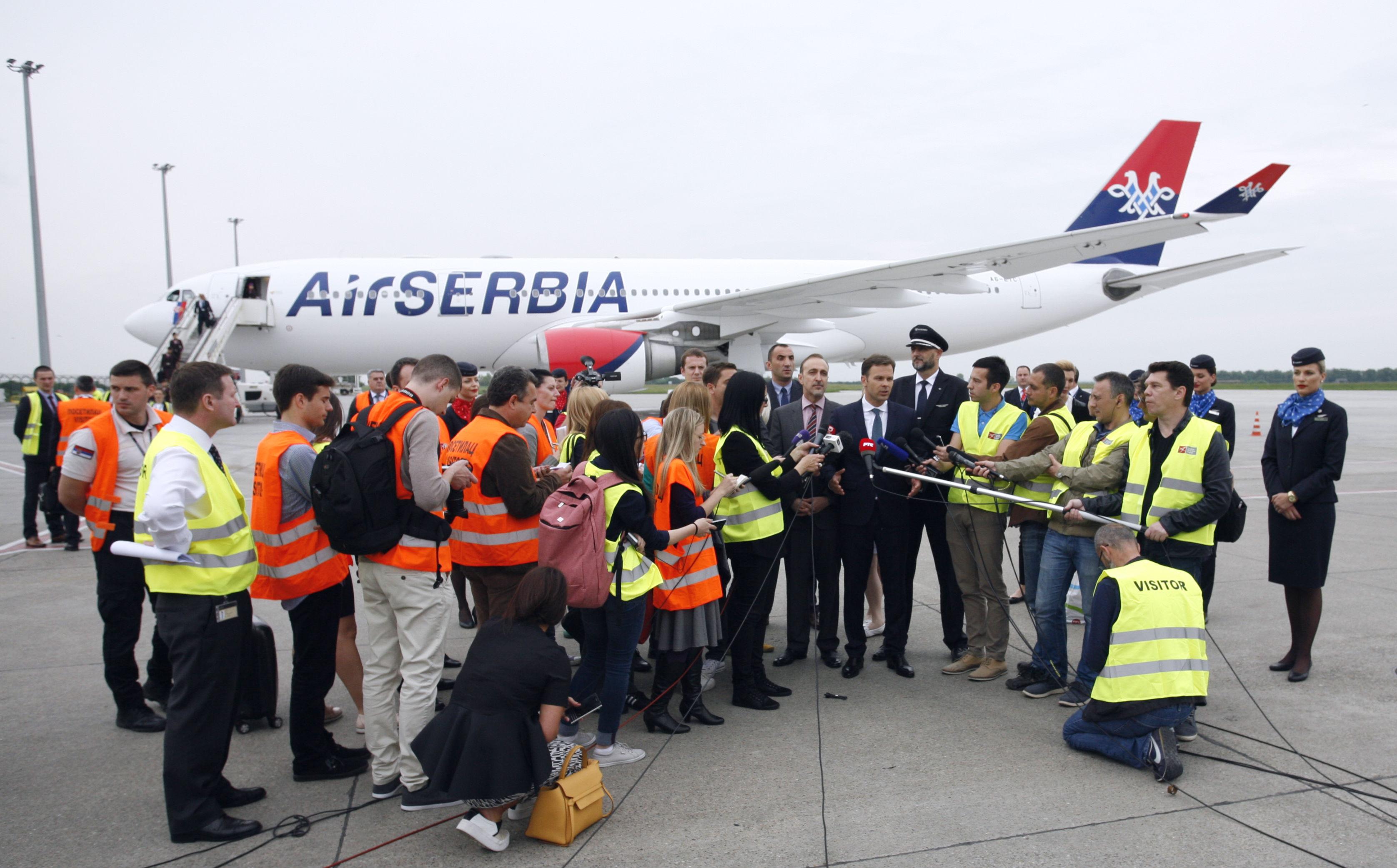 Pic 3 Air Serbia A330
