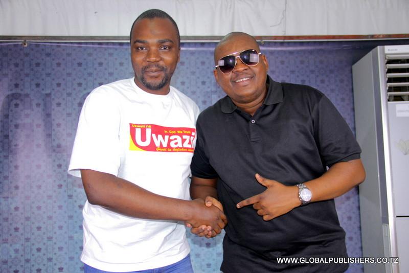 Professor Jay ndani ya Global (2)