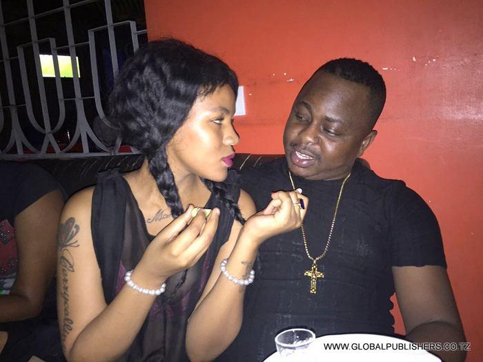 Aibuuu: Hivi Ndivyo Demu wa Kalala Junior Alivyofumwa 'LIVE' Chumbani Akibanjuka na Mume wa Kigogo Huyu wa Serikali