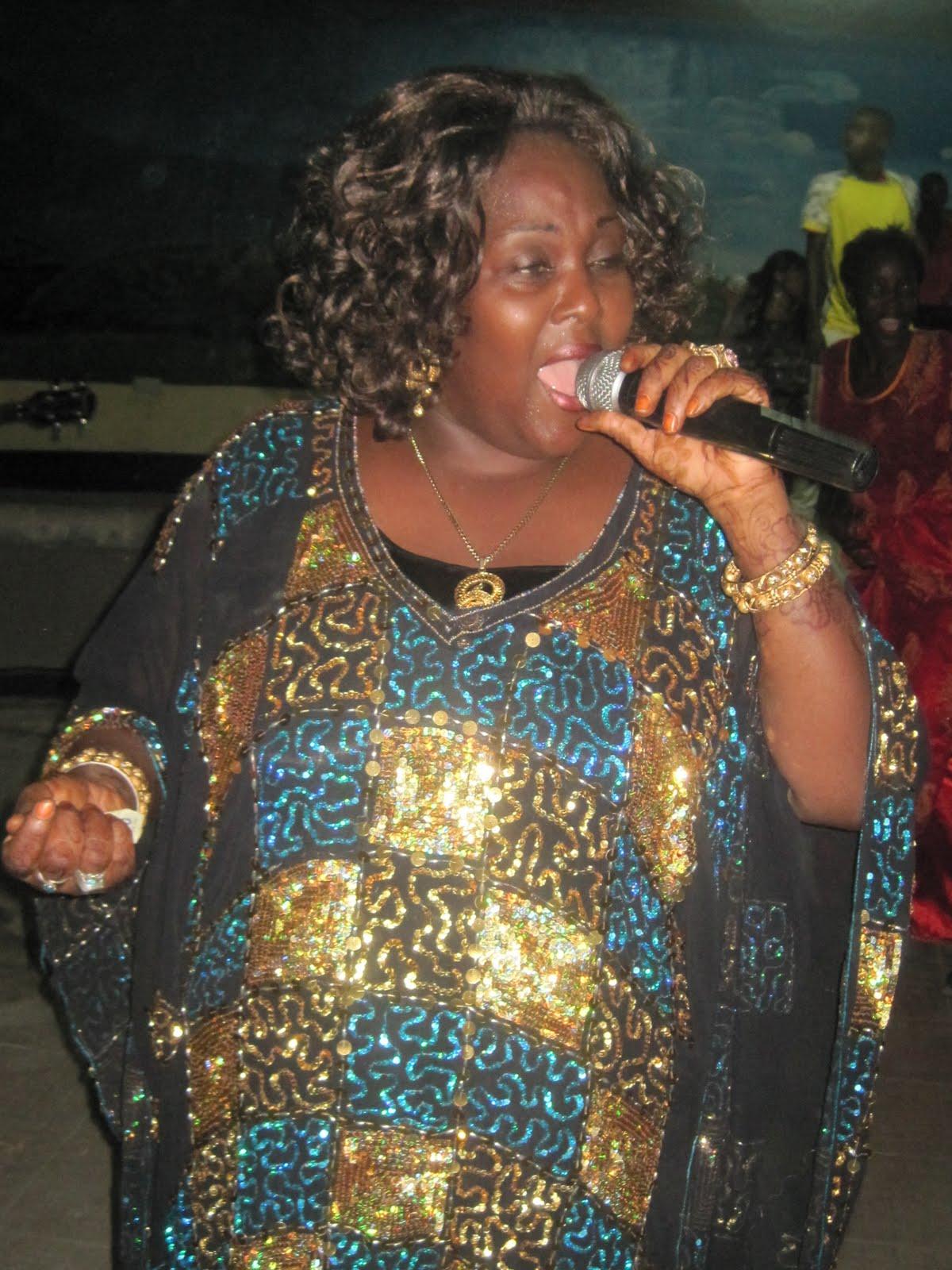 Khadija Kopa: Nina Zawadi ya Kuwapa Wapendanao, Dar Live - Global Publishers