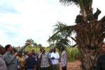 WAZIRI MKUU ATEMBELEA KITUO CHA UTAFITI WA ZAO LA MICHIKICHI KIGOMA